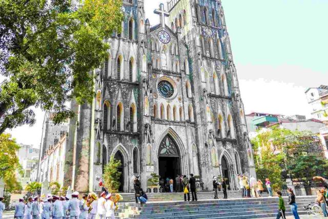 ST. JOSEPH'S CATHEDRAL - Hanoi Itinerary