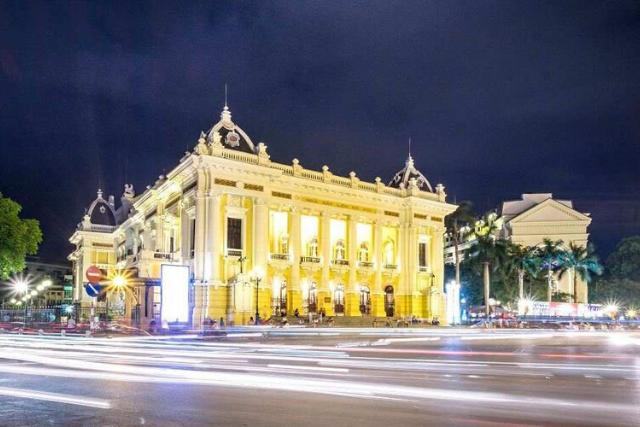 Hanoi opera house - Hanoi itinerary
